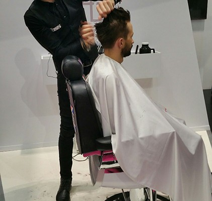 Mens hair cutting demonstration