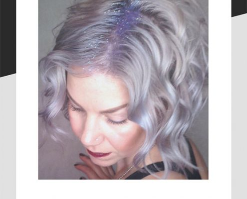Glitter in the hair roots